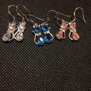 😺 New list! 😺 925s CZ kitty earrings